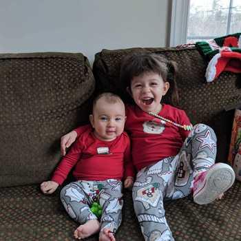 Family Christmas Pajamas Photoshoot.Holiday Photos Pajamagram
