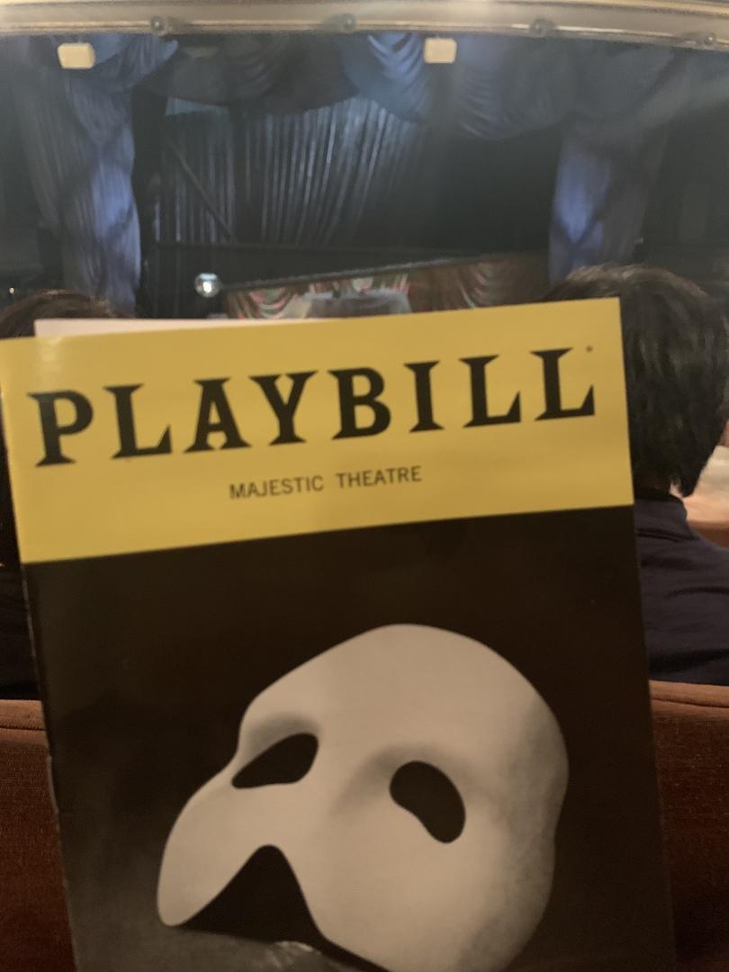 憧れていたブロードウェイミュージカル!オペラ座の怪人のマスカレードが特に大好きで感動しました!