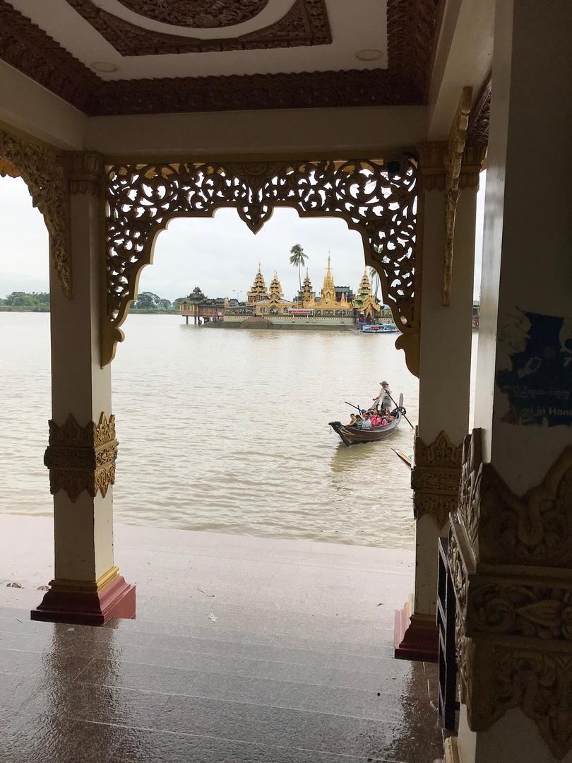 雨季でとても過ごし易く ゆっくり見る事が出来ました。ヤンゴンから少し離れている事もあり雰囲気的に落ち着きます。