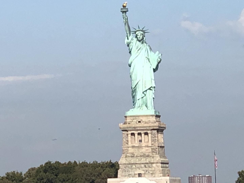 ニューヨークの北から南まで、主要エリアを回れるとてもお得なツアーです。ガイドブックでは分からないような情報などもガイドの佐々木さんに説明していただき、とても良かったです。とても素晴らしいガイドさんで、ニューヨークの楽しい思い出になりました。ありがとうございました。