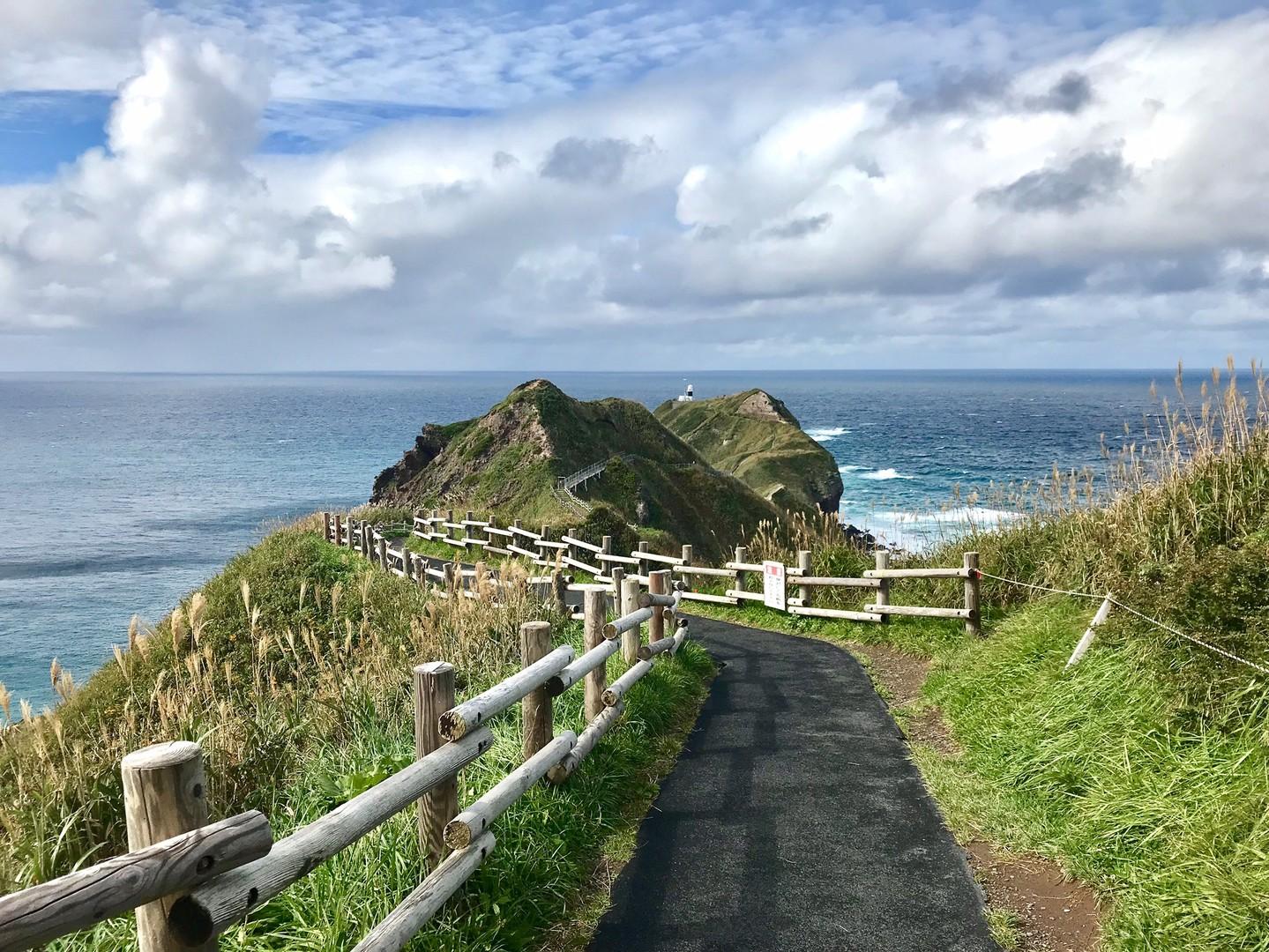 風がきつく 岬の先端まで行けなかったので 次回またチャレンジしたいと思います。次は うに丼が食べれる時期に行きたいと思います。
