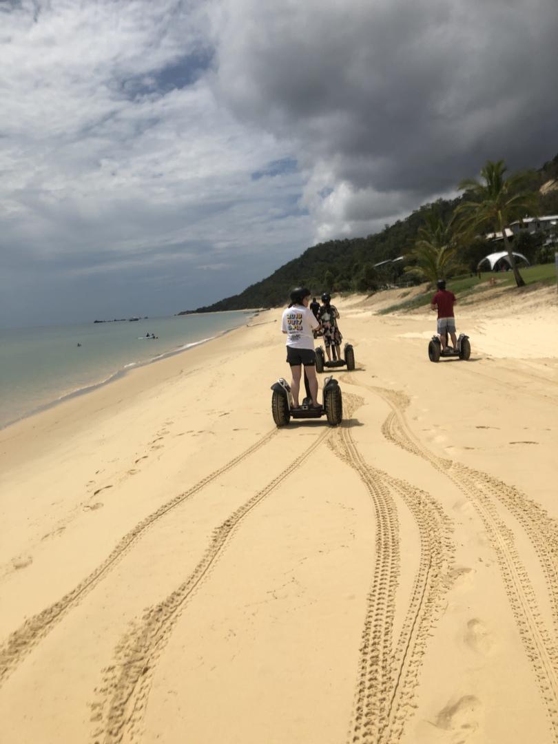 海陸空色々なアクティビティが楽しすぎます。 スタッフの方々もとても親切で安心して楽しめました。