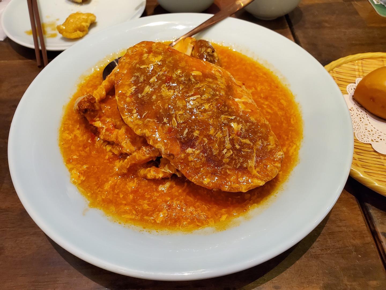 今回は、シンガポールが初めての友人のリクエストで食べに行きました!ミールクーポンだし期待はしていなかったのですが…ビックリするくらい大きな蟹が!身もしっかり入っているし!他の料理も美味しく、そして個人で行くより安く済んで大満足です! スタッフの対応も良く、また利用したいと思いました!