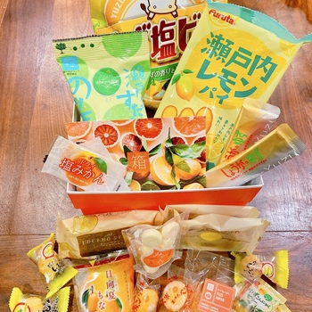 Classic Bokksu Subscription (Billed Every 12 Months) Delicious snacks in a wide variety of colors and flavors!