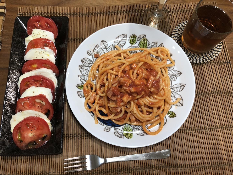 アマトリチャーナとカプレーゼの回に参加させていただきました。実際に作りながらの参加でしたが、とても簡単でおいしくできて大満足です。そして料理だけでなく、イタリア語講座もあり楽しかったです。 ニョッキの回もぜひ参加したかったのですが日程が合わなかったため、また開催されることを希望します。