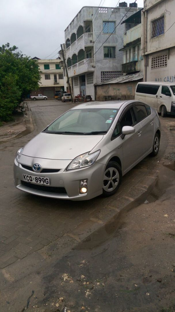 Best Price Used TOYOTA PRIUS for Sale - Japanese Used Cars