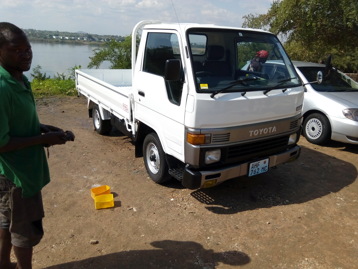 Best Price Used TOYOTA HIACE TRUCK for Sale - Japanese Used Cars BE