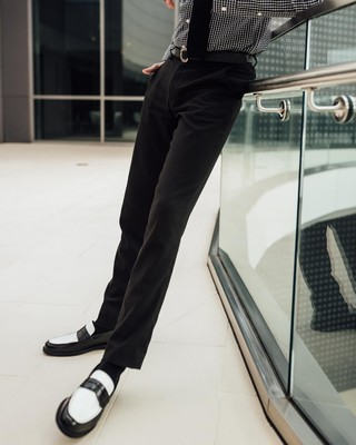 We engineered Velocity Pants to be the best pants for literally anything, keeping the style of wool and upgrading everything else. With soft, resilient stretch fabric built for ease of care, and a form-flattering modern fit, they're the only pair of pants ...