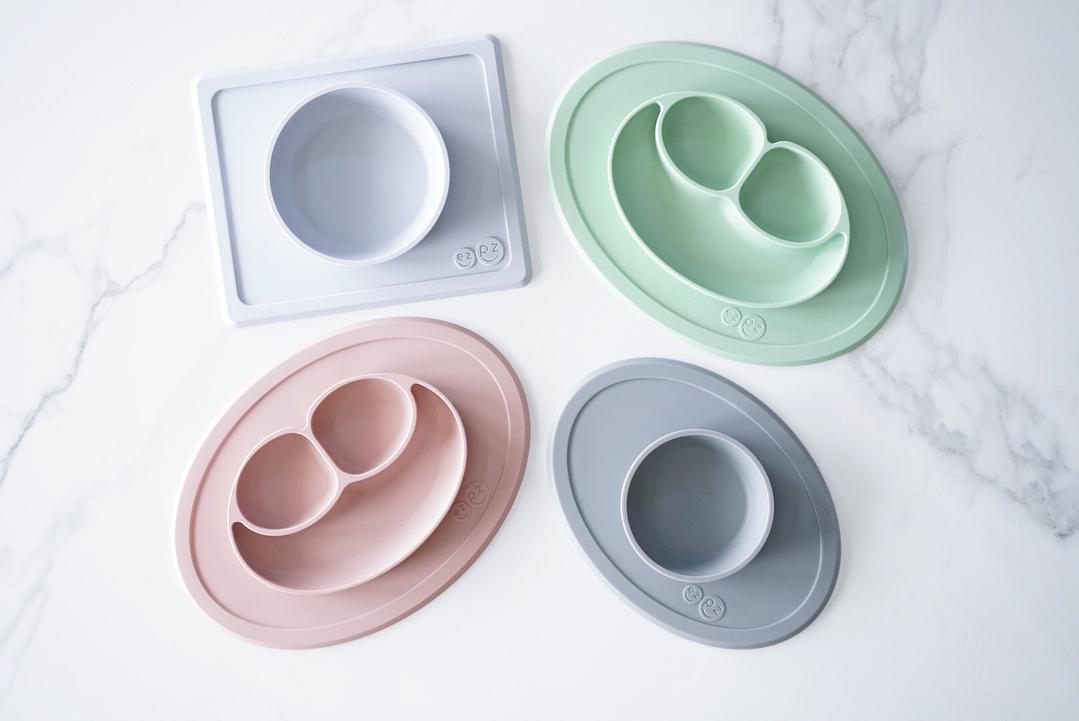 Ezpz The Happy Mat color lemon Plato de silicona
