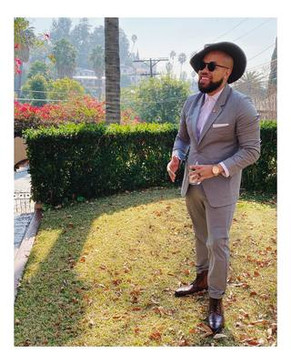 Day 4. Brunch Vibez 💼🥃👌🏼 Suit: ministryofsupply  Shirt: ministryofsupply  Boots: thursdayboots  Hat: vintage goorinbros  Accessories: recordingacademy weare.morehouse happysocks  #grammys2020 #trusttheprocess #hennybackwiththehatvibe #WESTVIEWDRIVE #se...