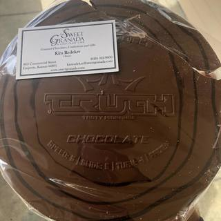 Shout out to dynamicdiscs for a chocolate Truth! It's slightly broken so we will probably start with that piece😉 