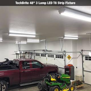 kurt from iowa wanted the best lit garage