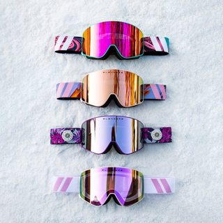 ❄️GOGGLE GIVEAWAY❄️⁣⁣ ⠀⠀⠀⠀⠀⠀⠀⠀⠀⁣⁣ There may be no friends on powder days, but there sure are on a giveaway day! We're too stoked for snow so we're giving away TWO fresh pairs of goggles from our new 'Aura Collection' - one for you and one for your riding buddy! ⁣⁣ ⠀⠀⠀⠀⠀⠀⠀⠀⠀⁣⁣ How To Enter:⁣⁣ 1) Follow us @blenderseyewear⁣⁣ 2) Like this post⁣⁣ 3) Tag your mountain homies!⁣⁣ ⠀⠀⠀⠀⠀⠀⠀⠀⠀⁣⁣ Winners will be announced Sunday, 11//10! Get those freshies! ⁣⁣ ⁣ 1 tag = 1 entry, unlimited entries! + Bonus points for resharing! 😉⁣⁣ #blenderseyewear