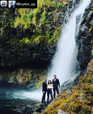 Biiig Splash on Biig Island with the Ohana Uncle B bryten_up and Auntie Lei leianna.e .......................................................................Repost from bryten_up using RepostRegramApp - ministryofsupply suit held up across many adventures....