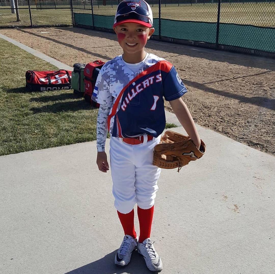 Youth baseball uniform sets