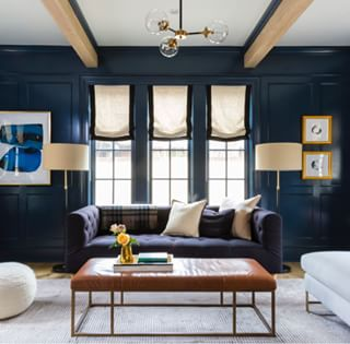 At The Center Of This Sumptuous Living Room By Thehavenly Our Ms Chesterfield
