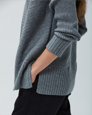 Looking for the perfect gift? Composite Merino Cardigan is crafted with extra-fine Merino wool and plush, sustainable Viloft viscose, for easy all-day comfort and warmth.